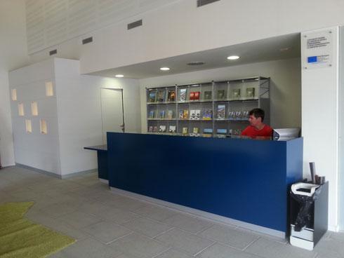 ya est abierta la nueva oficina de turismo en el centro